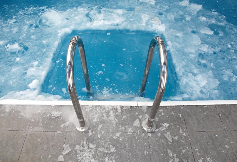 Comment r aliser l 39 hivernage de sa piscine vivons maison - Realiser sa piscine ...
