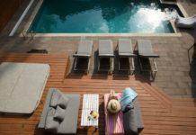 comment nettoyer une terrasse bois conseils et produits utiles