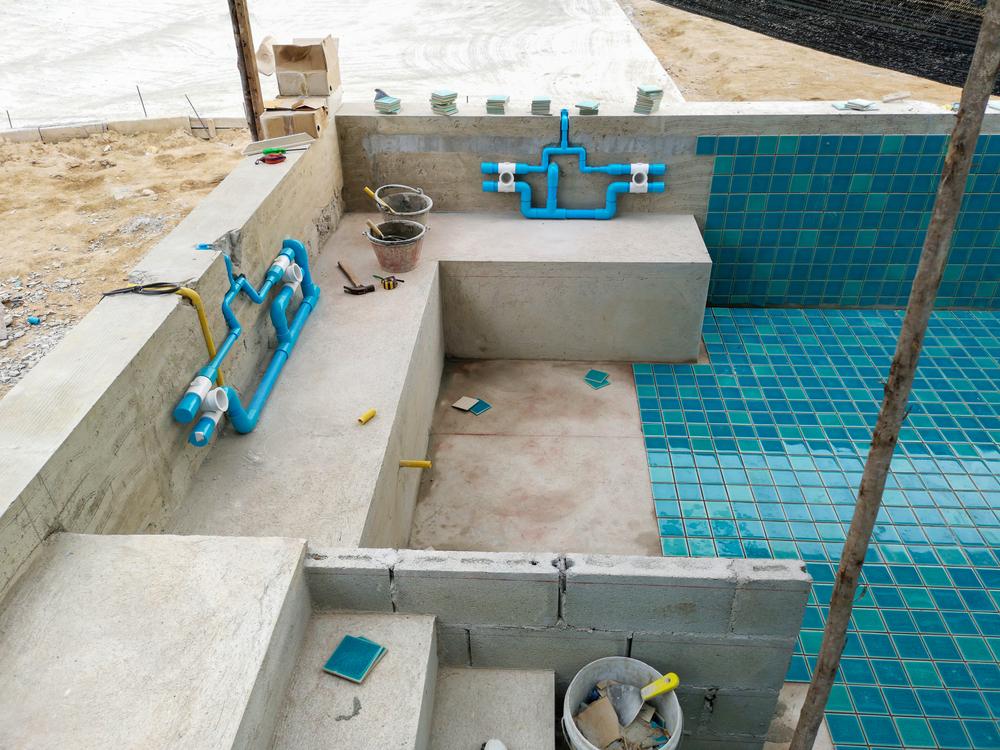 installation piscine béton