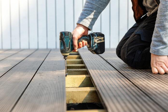 Comment aménager une terrasse bois chez soi ?