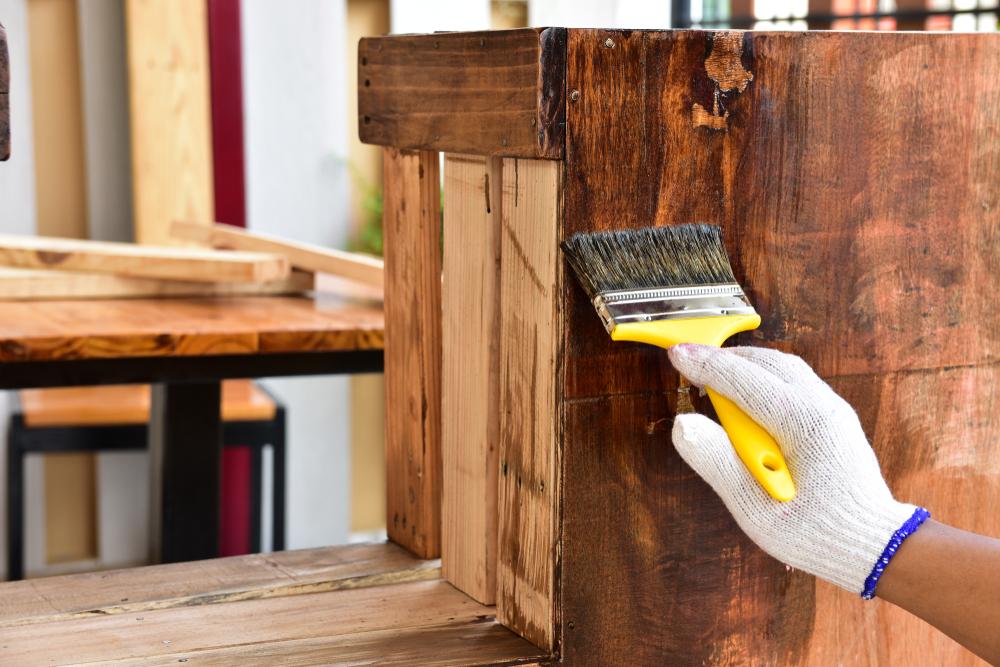 décirer un meuble en bois