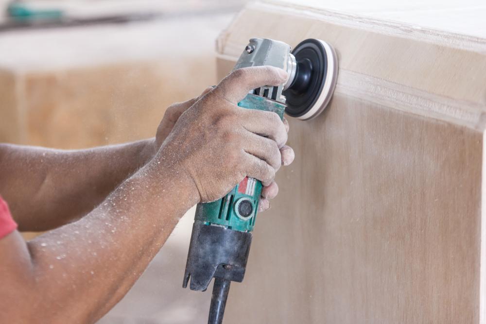 poncer meuble en bois