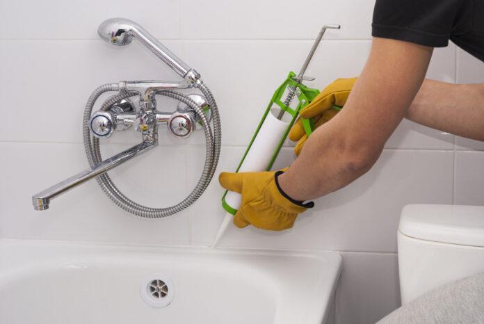 Quand et comment refaire les joints de sa salle de bains